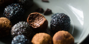 Adaptogen Chocolate Bon Bons with Raw Cacao